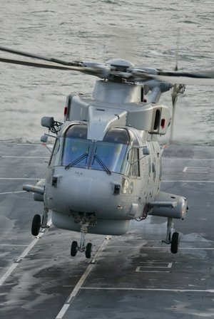 AgustaWestland Signs Contract for the Second Five Year Period of the IMOS Contract