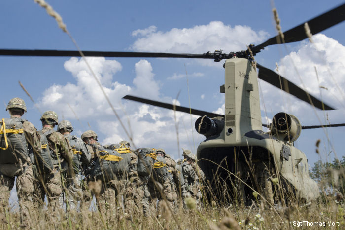 12th Combat Aviation Brigade supports 173rd with new Chinooks