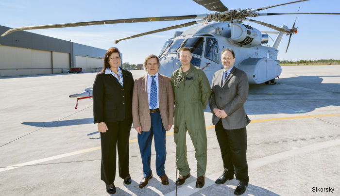 ​International Representatives View CH-53K Helicopter