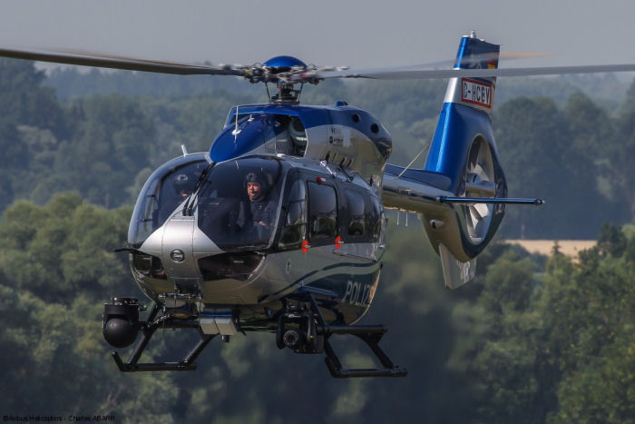 German federal-state police of Baden-Württemberg took delivery of the very first H145 / EC145T2 in police configuration. Is the first of an order of six to be handed over to the launch customer.