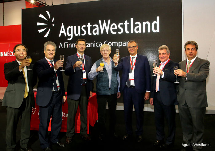 AgustaWestland and Sloane Helicopters Celebrate 20 Years of Successful Partnership in UK and Ireland
