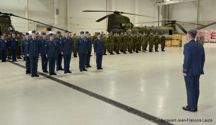 Aircrew ready to lift off in CH-147F Chinooks