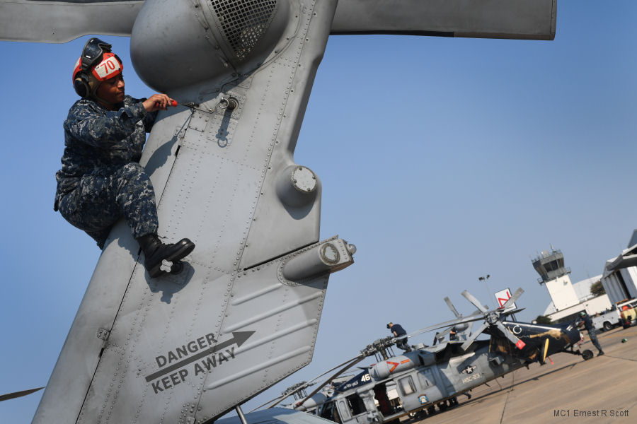 Navy Squadrons Transition Support of Hurricane Harvey
