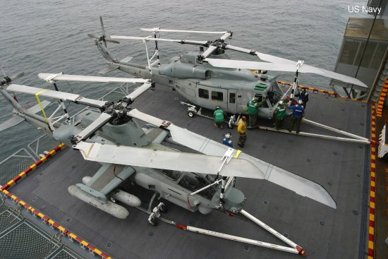 AH-1Z/UH-1Y complete first sea trials