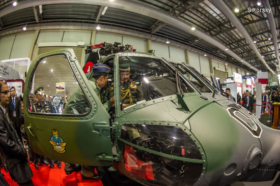 Brunei Accepts Four Sikorsky S-70i Black Hawk Helicopters for Regional Security Missions