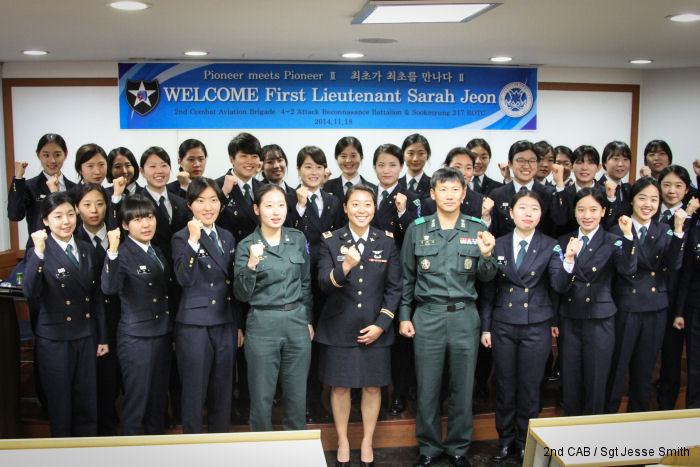 First Lt Sarah Jeon a pilot from US Army 2nd Infantry Division visited Sookmyung Women University in Seoul, South Korea where she talked with female ROTC students about the life in Army aviation