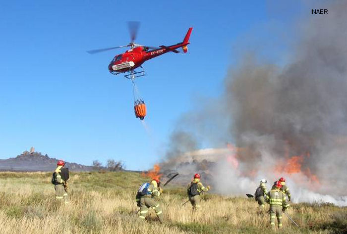 INAER flying firecrews combat Spain wildfire season