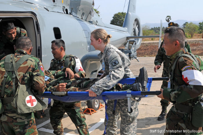 RCAF Soldiers learn to be first responders during Angkor Sentinel 2015