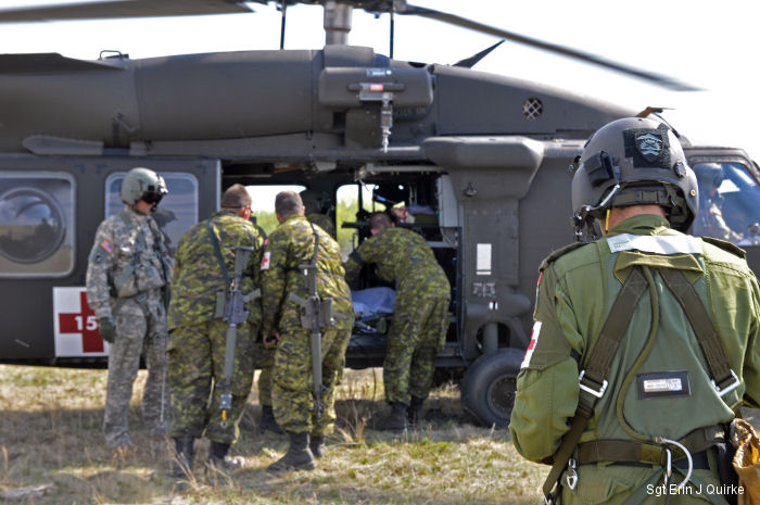 Oregon Army National Guard medevac unit trains with Canadian armed forces during Maple Resolve 2015