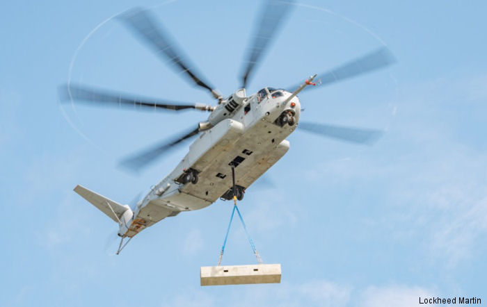 The CH-53K King Stallion successfully completed an external lift of a 27,000 pound / 12,246 kgs payload at Sikorsky's Development Flight Test Center in West Palm Beach, Florida