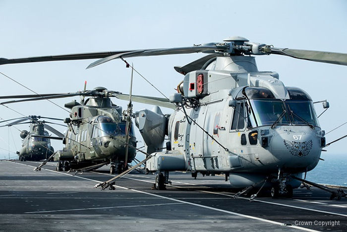 Transferred from the RAF, the green Merlins HC.3i (interim) of 846 Naval Air Squadron joined Britain's flagship HMS Ocean for amphibious training. They replaced the recently retired Junglie Sea King