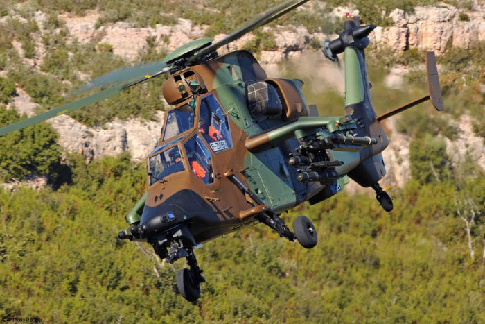 Polska Grupa Zbrojeniowa (PGZ) and Airbus Helicopters talking about the Tiger HAD project in the frame of the Polish Army Kruk attack helicopter program