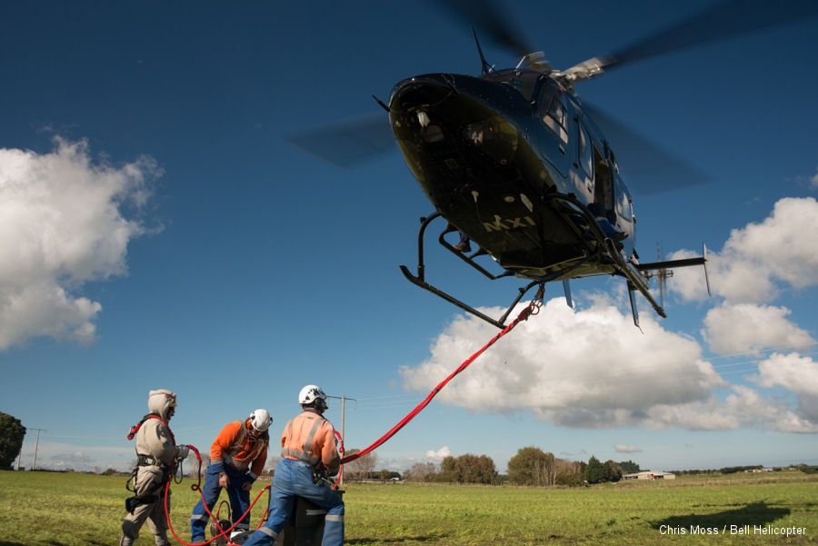 Auckland-based Advanced Flight Ltd used their Bell 429 from local tourism to power line maintenance.