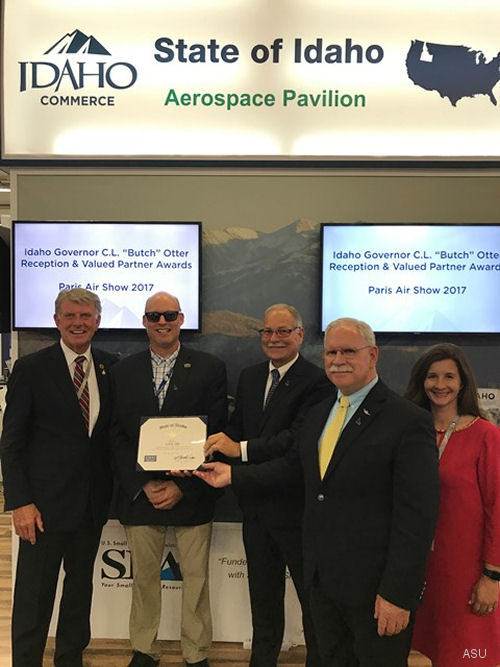 Idaho's Governor awarded Aviation Specialties Unlimited (ASU) valued partner awards to Austria-based Helikopter Air Transport GmbH (HeliAir) and Paris, France-based LFE during the Paris Air Show