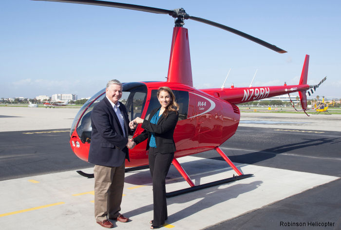 Robinson Helicopter Company delivered an R44 Cadet to the University of North Dakota for its UND's flight training program