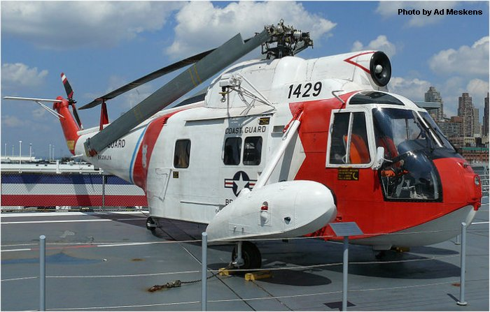 Helicopter Sikorsky HH-52A Sea Guard Serial 62-117 Register 1429 used by US Coast Guard. Aircraft history and location