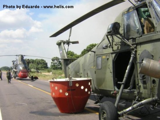 Helicopter Westland Wessex HC.2 Serial wa122 Register 076 XR497 used by Fuerza Aerea Uruguaya (Uruguayan Air Force) Royal Air Force. Built 1963. Aircraft history