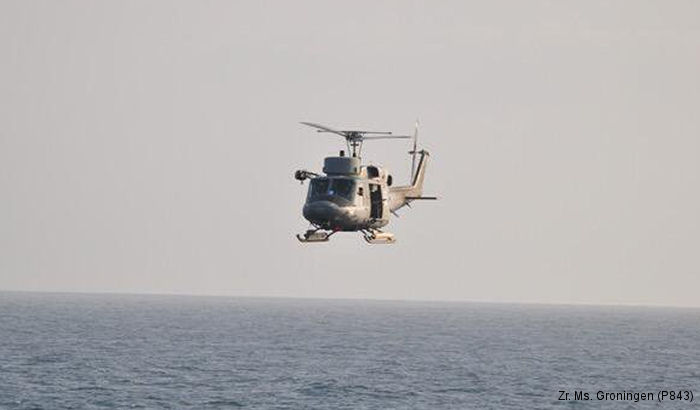Photos of AB212 in Italian Navy helicopter service.