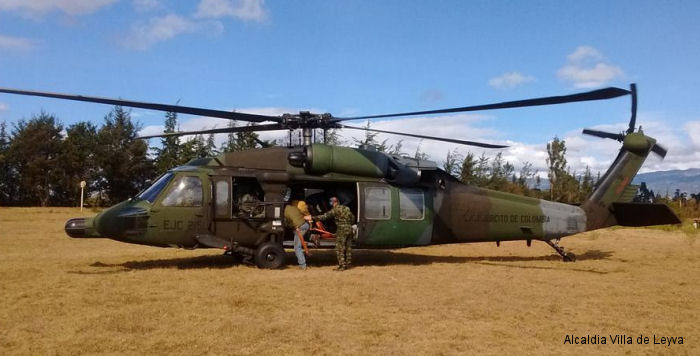 Photos of S-70 H-60 in Colombian Army Aviation helicopter service.