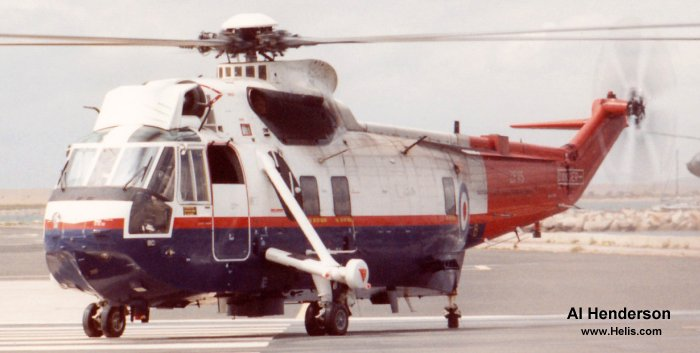 Helicopter Westland Sea King HC.4 Serial wa 960 Register ZF115 used by Fleet Air Arm RN (Royal Navy) ,UK Government HMG (Her Majesty's Government) ,Ministry of Defence (MoD) Aeroplane & Armaments Experimental Establishment (A&AEE). Built 1986. Aircraft history and location