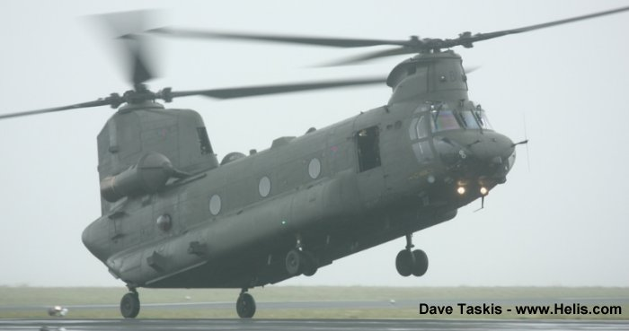Boeing CH-47D Chinook c/n M.7001