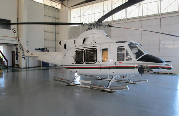 Helicopter Bell 412EP Serial 36443 Register C-FOEI N3512C N364MR VT-HGK VT-HLE XA-BHA used by Bell Helicopter Canada Bell Helicopter TVPX Heligo Charters Pvt ASESA (Aeroservicios Especializados  SA). Built 2007. Aircraft history