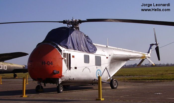 Helicopter Sikorsky H-19A Chickasaw Serial 55-157 Register 51-3886 H-04 H-4 used by US Air Force Fuerza Aerea Argentina (Argentine Air Force). Built 1952. Aircraft history