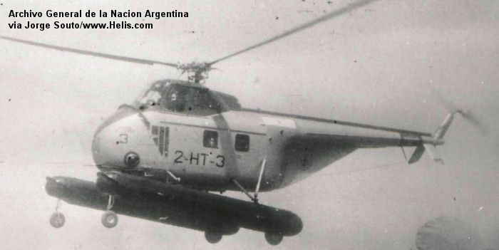 Helicopter Sikorsky S-55 Serial 55-633 Register 0371 used by Comando de Aviacion Naval Argentina (Argentine Navy). Built 1953. Aircraft history and location