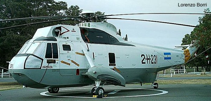 Helicopter Sikorsky S-61D-4 Serial 61-495 Register 0675 used by Comando de Aviacion Naval Argentina (Argentine Navy). Aircraft history