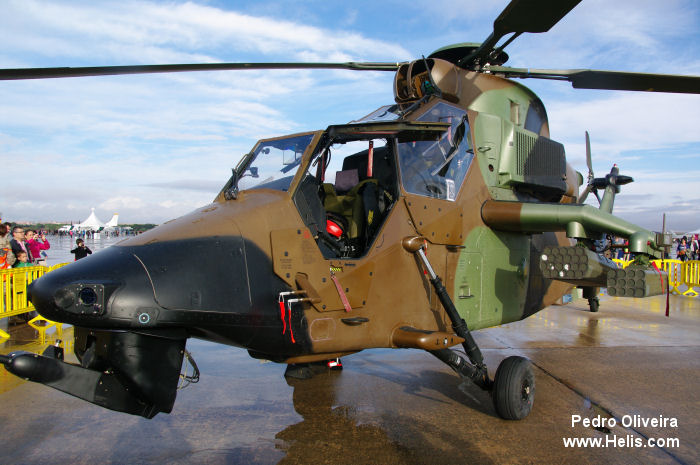 Helicopter Eurocopter Tigre HAP Serial 2014 Register HA.28-04 used by Fuerzas Aeromóviles del Ejército de Tierra (Spanish Army Aviation). Aircraft history and location