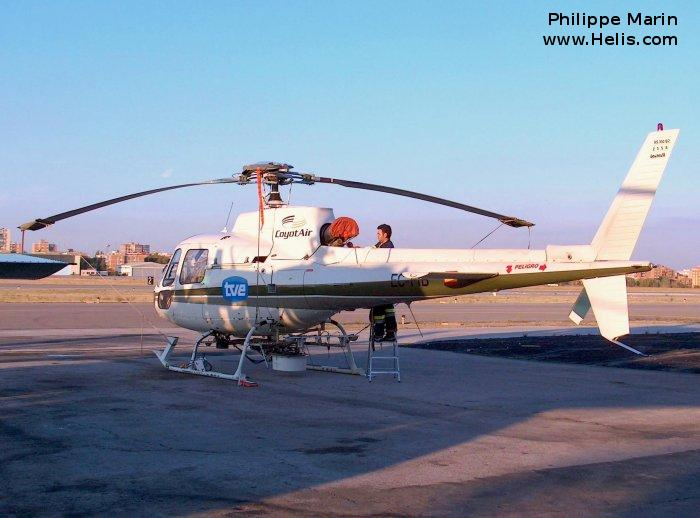 Helicopter Aerospatiale AS350B2 Ecureuil Serial 2558 Register OB-1855-P EC-FIB used by CoyotAir Direccion General de Trafico (Traffic Police Directorate ). Built 1991. Aircraft history and location