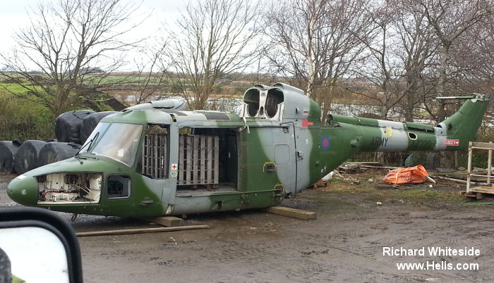 Helicopter Westland Lynx AH1 Serial 146 Register XZ220 used by Army Air Corps AAC (British Army). Built 1980. Aircraft history and location