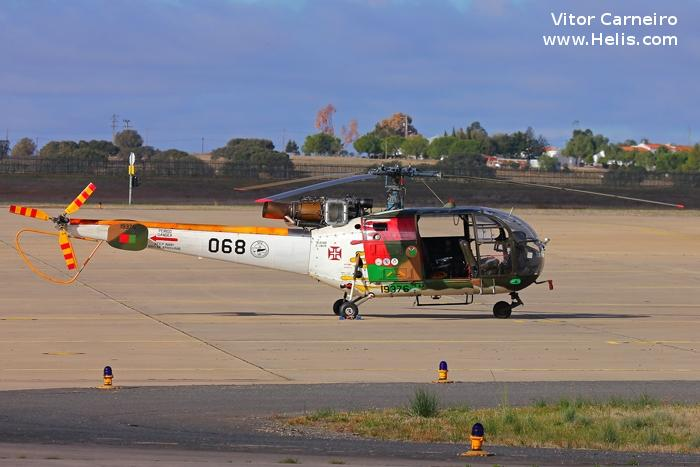 Helicopter Aerospatiale SA316B Alouette III Serial 1818 Register 19376 used by Força Aérea Portuguesa (Portuguese Air Force). Aircraft history